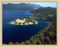 Insel Mljet - Kloster St. Marien auf der Insel im Großen See